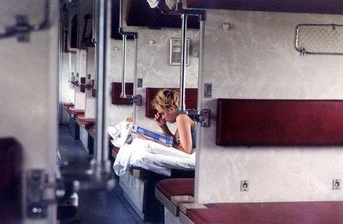Приколы в плацкартном поезде. И плюсы и минусы